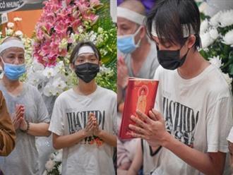 Hốt hoảng Hồ Văn Cường càng ngày càng gầy trơ xương sau khi mẹ nuôi Phi Nhung qua đời