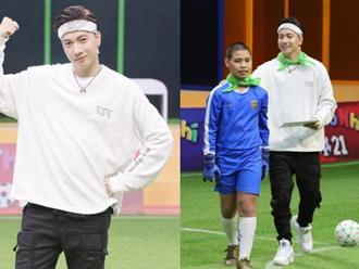 Điển trai như S.T Sơn Thạch: Đi huấn luyện bóng đá mà cứ ngỡ như đang chuẩn bị diễn concert đến nơi
