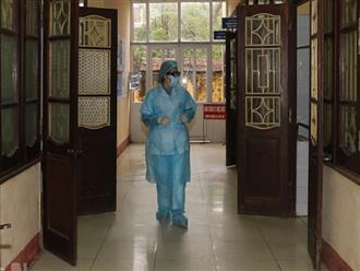 Xác định 600 F1, F2 của bệnh nhân 251 tại Hà Nam, con trai và con dâu đều âm tính với SARS-CoV-2