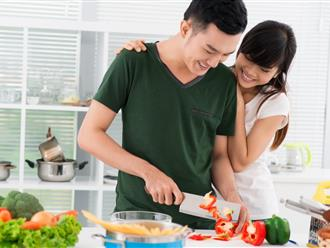 Bí quyết 'dụ khị' chồng lười làm việc nhà