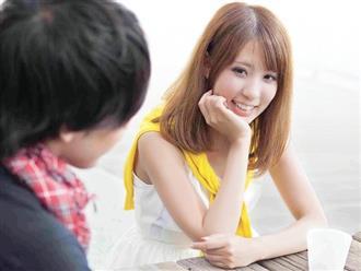 Hiểu tâm lý của nàng qua 5 hành động nhỏ trong buổi hẹn hò