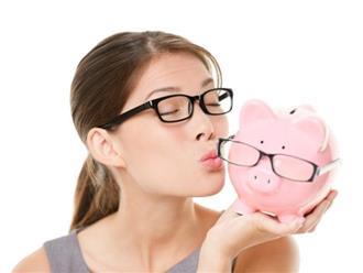 Tuyệt chiêu có 'một không hai' để chồng tự giác đưa tiền cho vợ