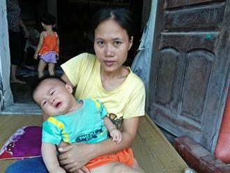 Bị gia đình chồng chối bỏ khi mang thai, người mẹ động kinh nuốt nước mắt nuôi con bại não