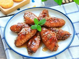 Đừng luộc, hãy nấu gà với thứ này đảm bảo chồng con gắp lia lịa, vét sạch nồi cơm!