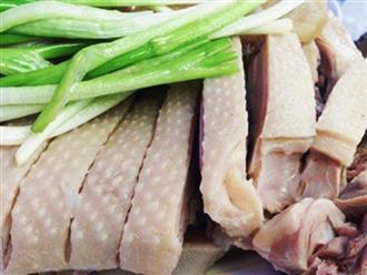 Luộc thịt vịt chỉ cần cho thêm thứ này, đảm bảo đánh bay mùi hôi, thịt mềm ngọt bất ngờ
