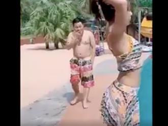 Định 'chơi xấu' mỹ nữ bên hồ bơi ai dè nam thanh niên 'bụng bia' gặp cái kết đắng