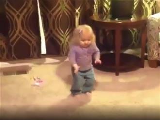 Nhảy cha cha cha theo cách không giống ai, cô bé khiến dân mạng cười té ghế