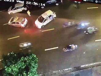 Tên cướp gặp 'tai nạn nghề nghiệp', phải bỏ xe máy để chạy thoát thân