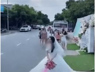 Chỉ lo bắt hoa cưới, các cô gái suýt gặp tai nạn thương tâm khiến ai cũng thót tim