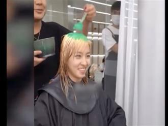 Cô gái học đòi nhuộm tóc theo trào lưu trên mạng, tưởng biến hình xinh đẹp ai dè nhận cái kết 'đắng lòng'