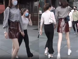 Cô gái sở hữu đôi chân dài hơn siêu mẫu, đi đường khiến dân tình 'sái cổ' vì chỉ lo nhìn
