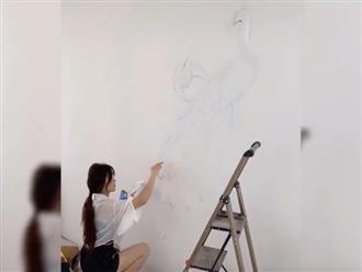 Cô nàng khoe tài năng hội họa đỉnh cao nhưng nhan sắc, body như siêu mẫu mới gây chú ý nhất