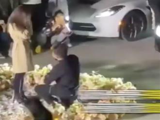 Thiếu gia mang 6 siêu xe đến sân trường cầu hôn bạn gái bỗng dưng bị ném đá dữ dội