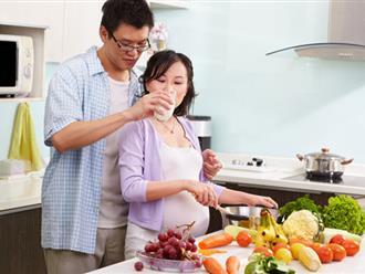 Bầu 3 tháng đầu kiêng ăn gì và nên ăn gì?