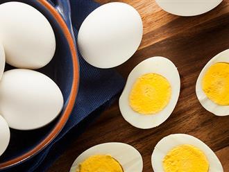 """Tuyệt chiêu trị mụn bằng trứng gà """"bỏ túi"""" cho các chị em"""