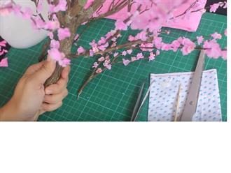 Cách làm hoa đào bằng giấy chưng Tết cực đẹp