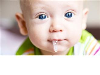 Trẻ sơ sinh bị đàm nhớt và cách lấy nhớt trong miệng trẻ sơ sinh nhanh chóng