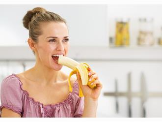 Phụ nữ sau sinh mổ ăn chuối được không? Giải đáp chi tiết thắc mắc của nhiều mẹ