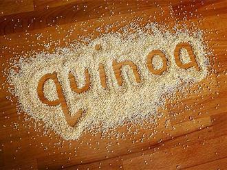Cách chế biến hạt quinoa cho bé ăn dặm