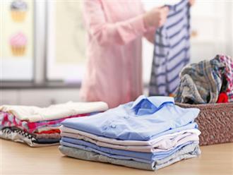 Cách gấp quần áo không bị nhăn giúp bạn dọn gọn vali khi đi du lịch