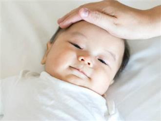 Cách hạ sốt cho trẻ sơ sinh 2 tháng tuổi khi tiêm phòng