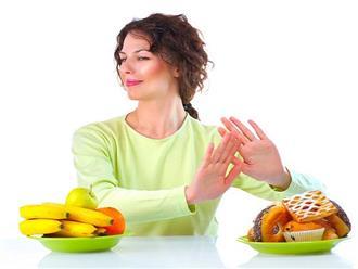 Sản phụ sau khi đẻ mổ kiêng ăn gì và nên ăn gì?