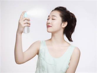 Hướng dẫn cách làm xịt khoáng dưỡng ẩm cho da tại nhà