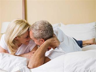 Đời sống vợ chồng tuổi 50 thoải mái trải nghiệm sự thú vị chốn phòng the