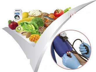 Chế độ ăn cho người tăng huyết áp: Giảm muối, thực phẩm giàu cholesterol và axit no