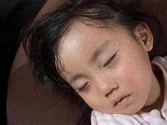 Mách mẹ phương pháp chữa mồ hôi trộm theo cách dân gian cực hiệu quả