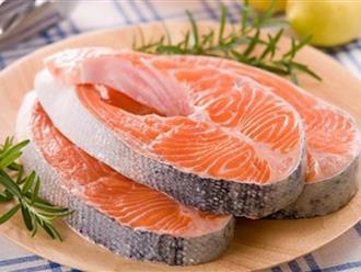Người đang bị thủy đậu có được ăn cá không?