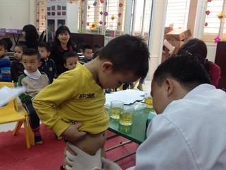 Cách nhận biết hẹp bao quy đầu ở trẻ em để bố mẹ chủ động điều trị