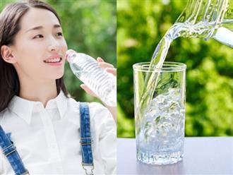 Cách giảm cân nhanh hơn đi hút mỡ thẩm mỹ chỉ với nước lọc