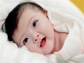 8 dấu hiệu sớm từ khi chào đời cho thấy con bạn là đứa trẻ cực thông minh