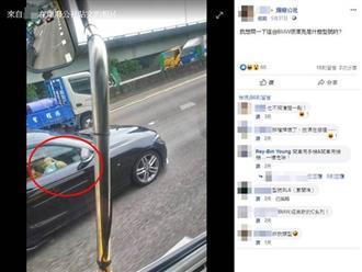 Thản nhiên cúi xuống dùng miệng 'mây mưa' khi bạn trai lái xe, cô gái khiến người đi đường sốc nặng
