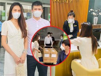 'Hoa mắt' với chồng thùng giấy chứa đựng 18.000 tờ sao kê tiền kêu gọi cứu trợ miền Trung của vợ chồng Công Vinh - Thủy Tiên