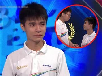 Nam sinh Nghệ An khóc nức nở tại trường quay Olympia sau khi bị loại vì cách thí sinh đứng nhất chỉ 5 điểm