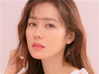 Rầm rộ tin Son Ye Jin bị kẻ lạ rình rập, quấy rối trong lúc đang thay đồ đi diễn, fan cuồng lởn vởn trước nhà liên tục