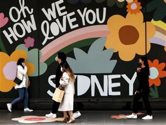 Úc đối diện với nguy cơ gia tăng các ca Covid-19 từ các biến thể mới ngay cả khi đã tiêm chủng 80% nếu mở cửa biên giới trở lại