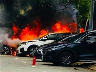 Chồng nổi máu ghen tuông mua xăng đốt xe của tình địch, thiệt hại ước tính 2 tỷ đồng