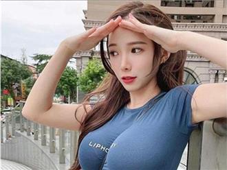 Nữ gia sư xinh đẹp bị chỉ trích chỉ vì sợi dây đeo túi xách 'hạ cánh' ở nơi nhạy cảm