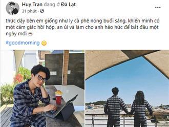 Tình trẻ kém 11 tuổi công khai tình cảm với Ngô Thanh Vân, dân tình bấn loạn với hình ảnh cả hai mặc đồ ngủ đôi?