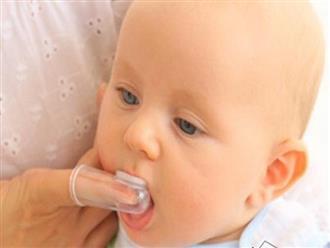 4 kỹ năng chăm sóc trẻ mọc răng để bé không ốm sốt, khóc nhè