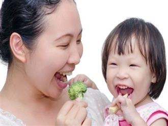 7 loại thực phẩm bạn nên cho trẻ ăn từ lúc tập đi để bé thông minh