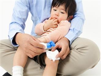 Bác sĩ mách cách sơ cứu khi trẻ bị bỏng cha mẹ nào cũng nên biết