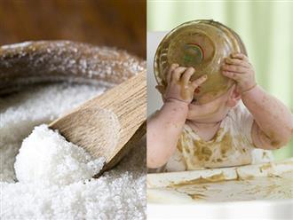 Bác sĩ Nhi giải đáp: Mẹ có nên nêm muối vào thức ăn dặm của trẻ?