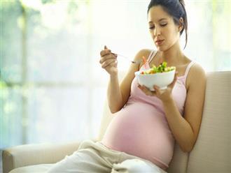 Cách ăn uống trong thai kỳ để sinh con thông minh