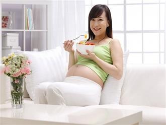 Dấu hiệu cho thấy thai nhi đang đói- mẹ bầu nhớ ăn ngay để con yêu không quậy phá nhé!
