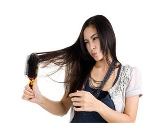 Để có mái tóc chắc khỏe, giảm gãy rụng, bà bầu đừng bỏ qua những cách chăm sóc tóc đơn giản này