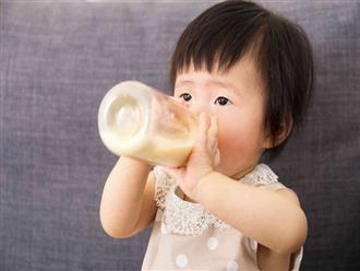 Khi bé trên 1 tuổi, mẹ hoàn toàn có thể cho con dùng loại sữa này
